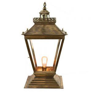 Chateau Medium Solid Brass 1 Light Gate Lantern
