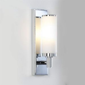 Verona IP44 Polished Chrome Bathroom Wall Light with Shade